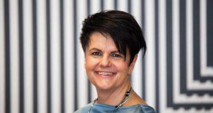 dr Anna Saj